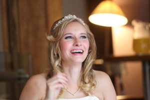 Smokey eye wedding make-up. Photo courtesy of Barry Holder, Ash Tree Barns