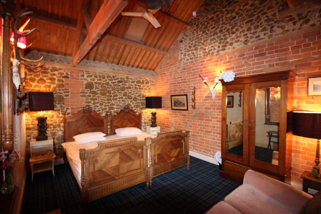 Scottish Cabin Room